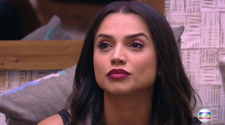 Ex-BBB Paula Amorim desabafa sobre invasão de seguidores - Entretê by  SpinOFF