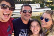 Tom Veiga com a família em viagem aos Estados Unidos; herança do intérprete de Louro José tem novo problema (Foto: Reprodução/Instagram)