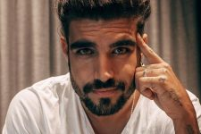 Caio Castro teve história exposta nas redes sociais (Foto: Reprodução/Instagram)