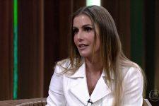 Deborah Secco desabafou na web e comentário foi visto como indireta (Foto: Reprodução/TV Globo)