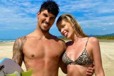 Gabriel Medina e Yasmin Brunet; casal apareceu agarradinho em clique (Foto: Reprodução/Instagram)