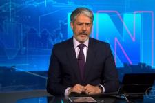William Bonner se pronunciou no Jornal Nacional sobre homofobia contra repórteres da Globo (Foto: Reprodução/TV Globo)