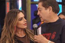 Erika Schneider e Fausto Silva no Domingão do Faustão; bailarina falou sobre o ex-chefe na Globo (Foto: Reprodução/Instagram)