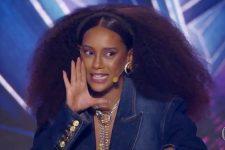 Taís Araújo no The Masked Singer Brasil; atriz cometeu gafe com Fernanda Souza e Thiaguinho (Foto: Reprodução/TV Globo)