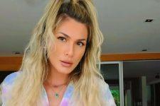 Lívia Andrade acompanhou namorado em momento delicado com a ex e foi criticada (Foto: Reprodução/Instagram)
