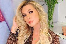 Lívia Andrade ostentou e mandou recado após ser detonada (Foto: Reprodução/Instagram)