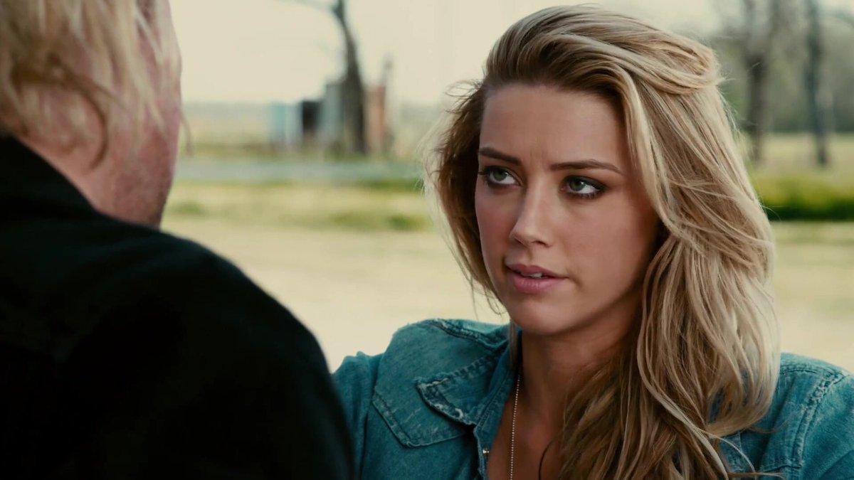 Amber Heard no filme Drive Angry