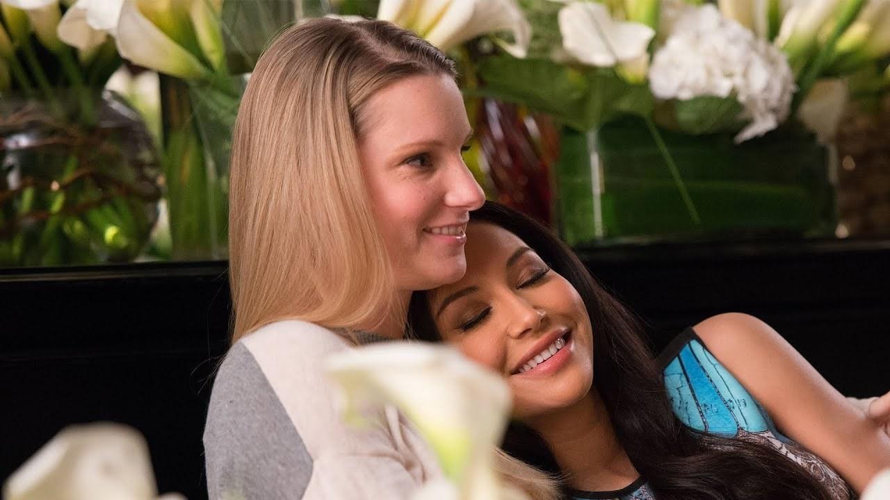 Brittany (Heather Morris) e Santana (Naya Rivera) em Glee