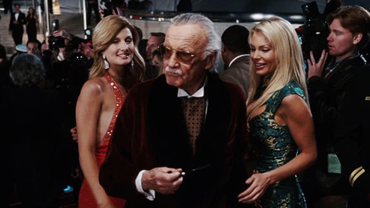 Stan Lee em Homem de Ferro (Reprodução / Marvel)