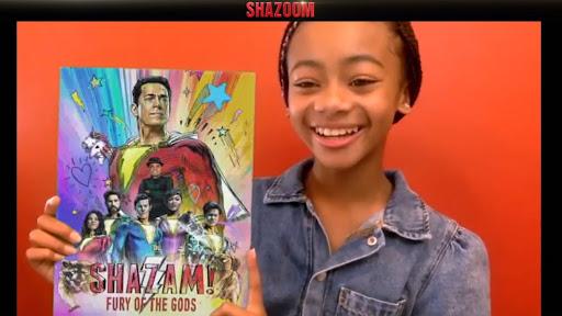 Atriz revela novo cartaz de Shazam