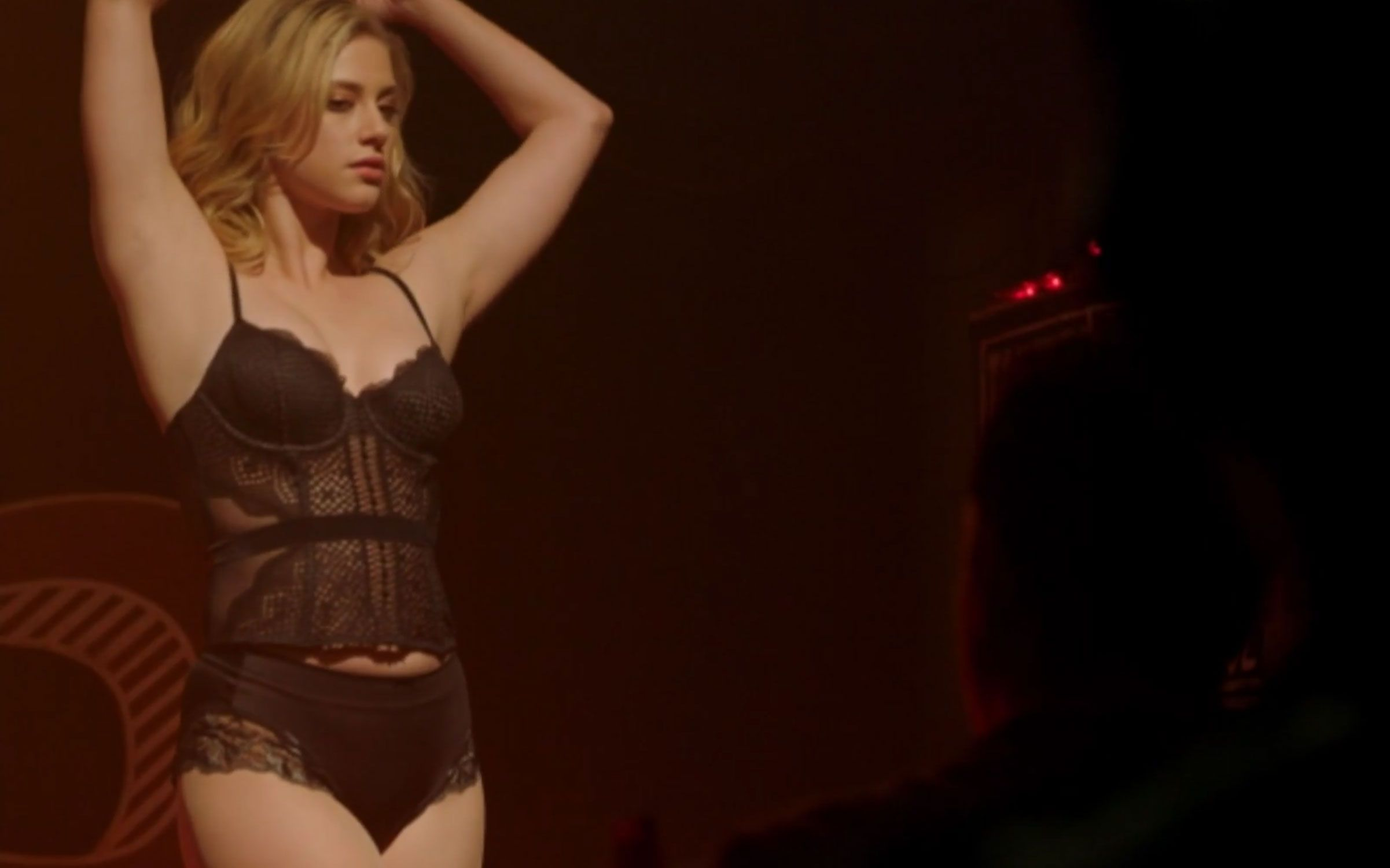 Betty (Lili Reinhart) em cena de Riverdale
