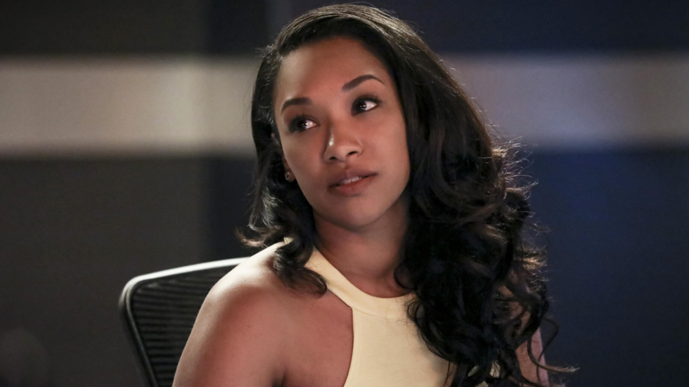 Candice Patton como Iris em The Flash