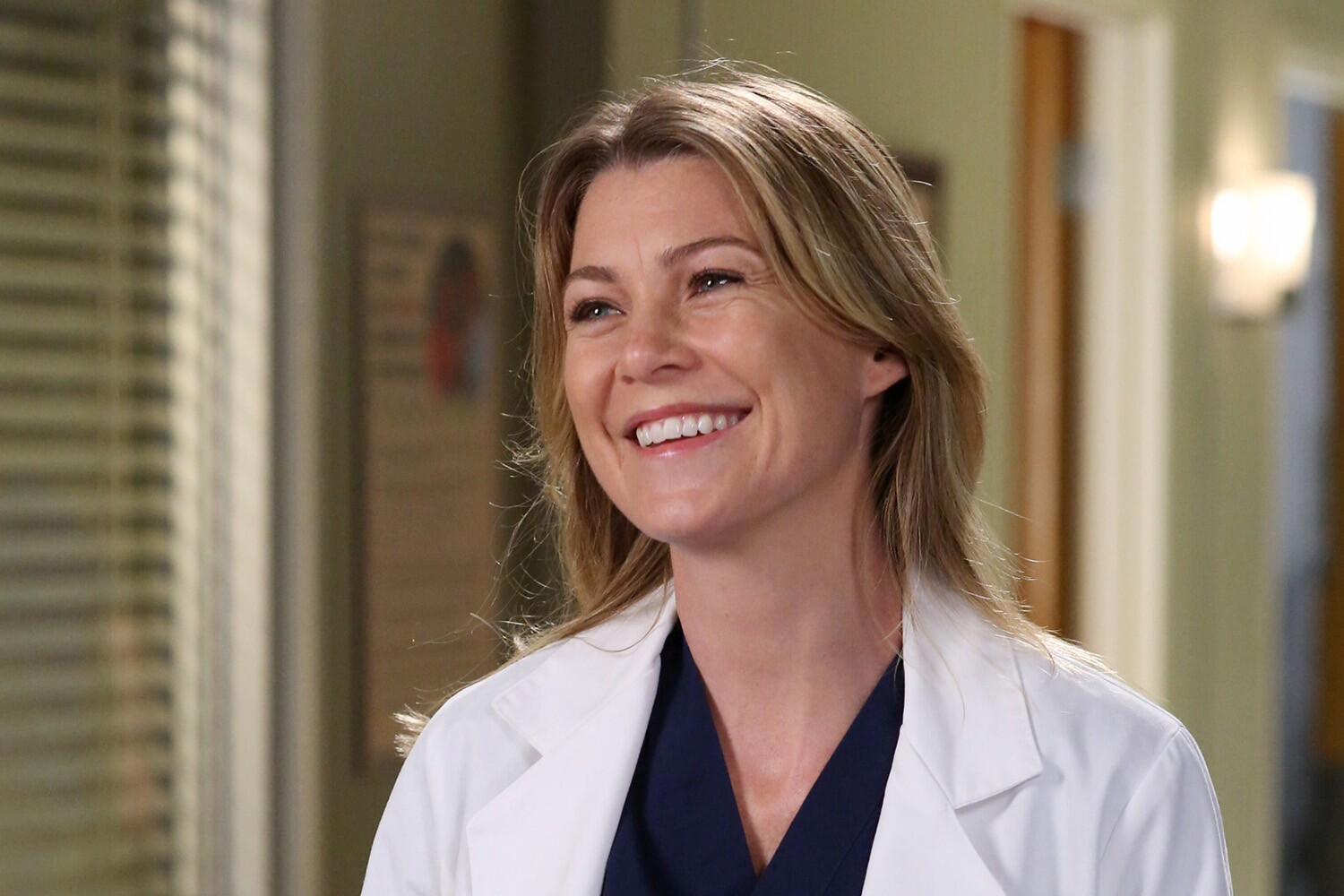 Meredith Grey (Ellen Pompeo) em Grey's Anatomy