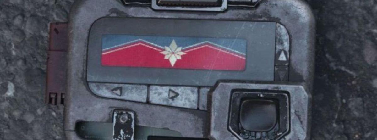 Pager de Nick Fury em Vingadores: Guerra Infinita (Reprodução / Marvel)