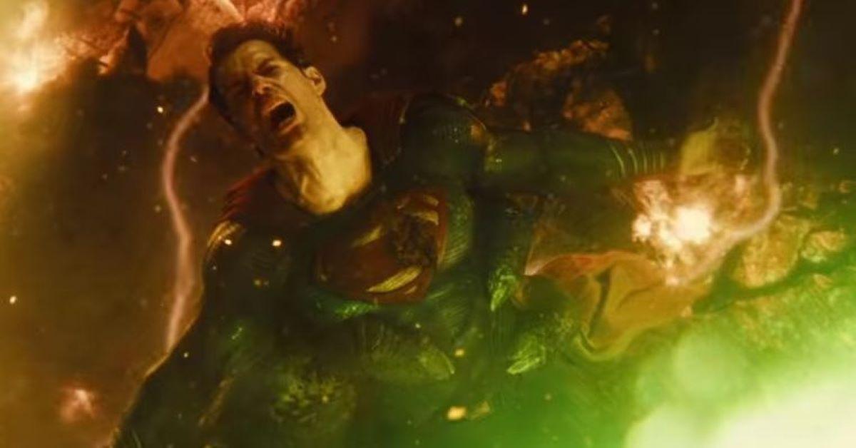 Superman (Henry Cavill) em cena do trailer de Liga da Justiça (Reprodução / DC)