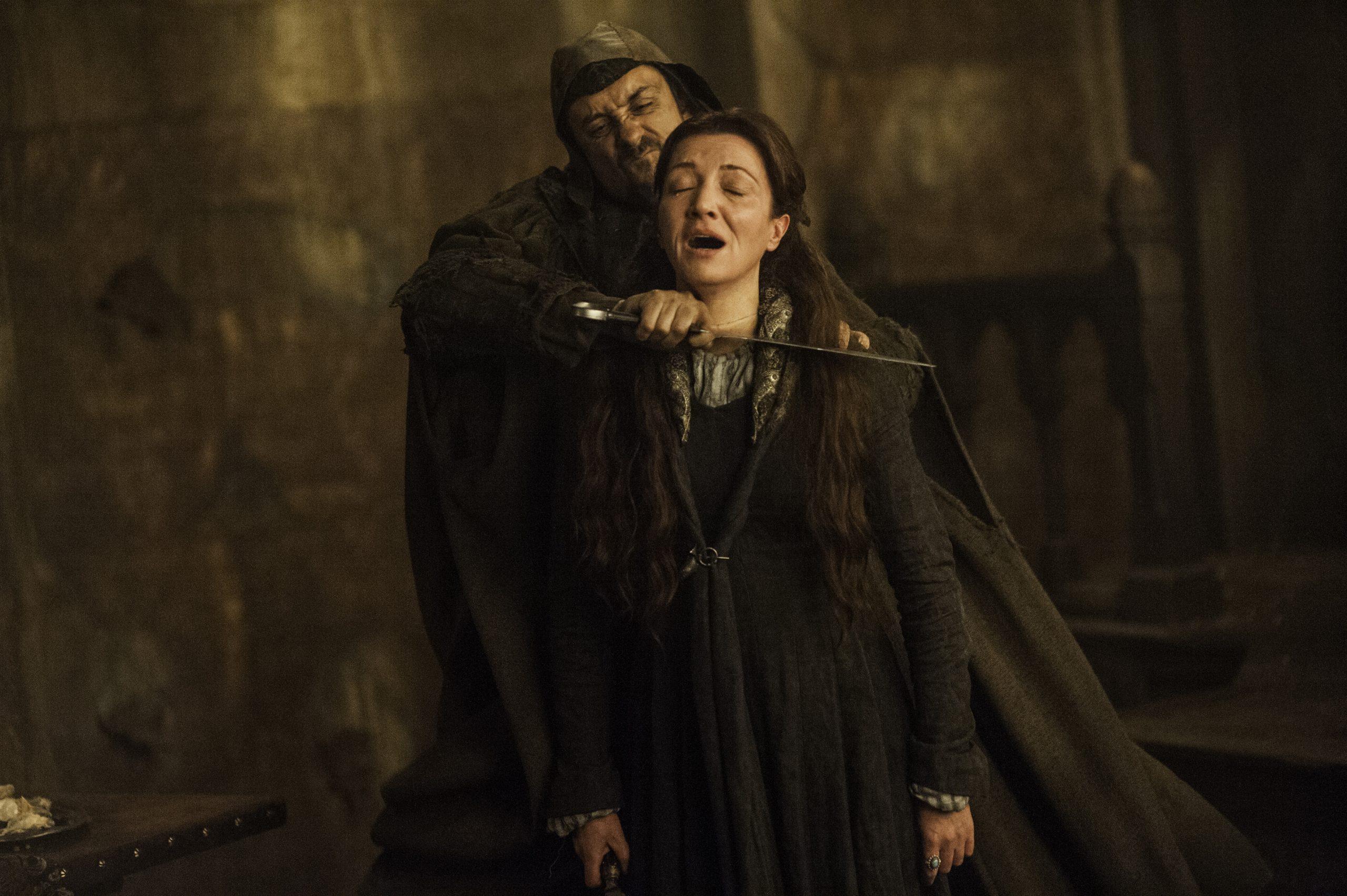 Catelyn Stark durante o casamento vermelho de Game of Thrones