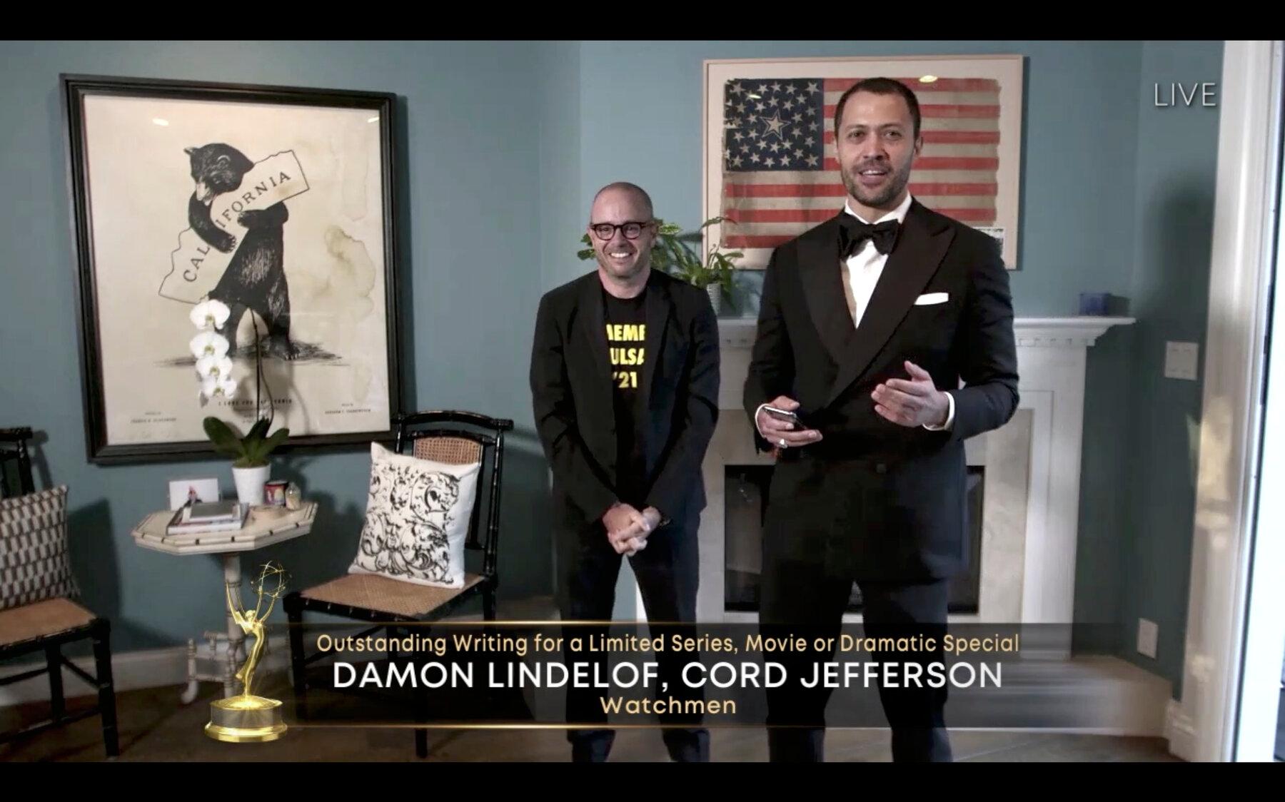 Damon Lindelof durante entrega do Emmy