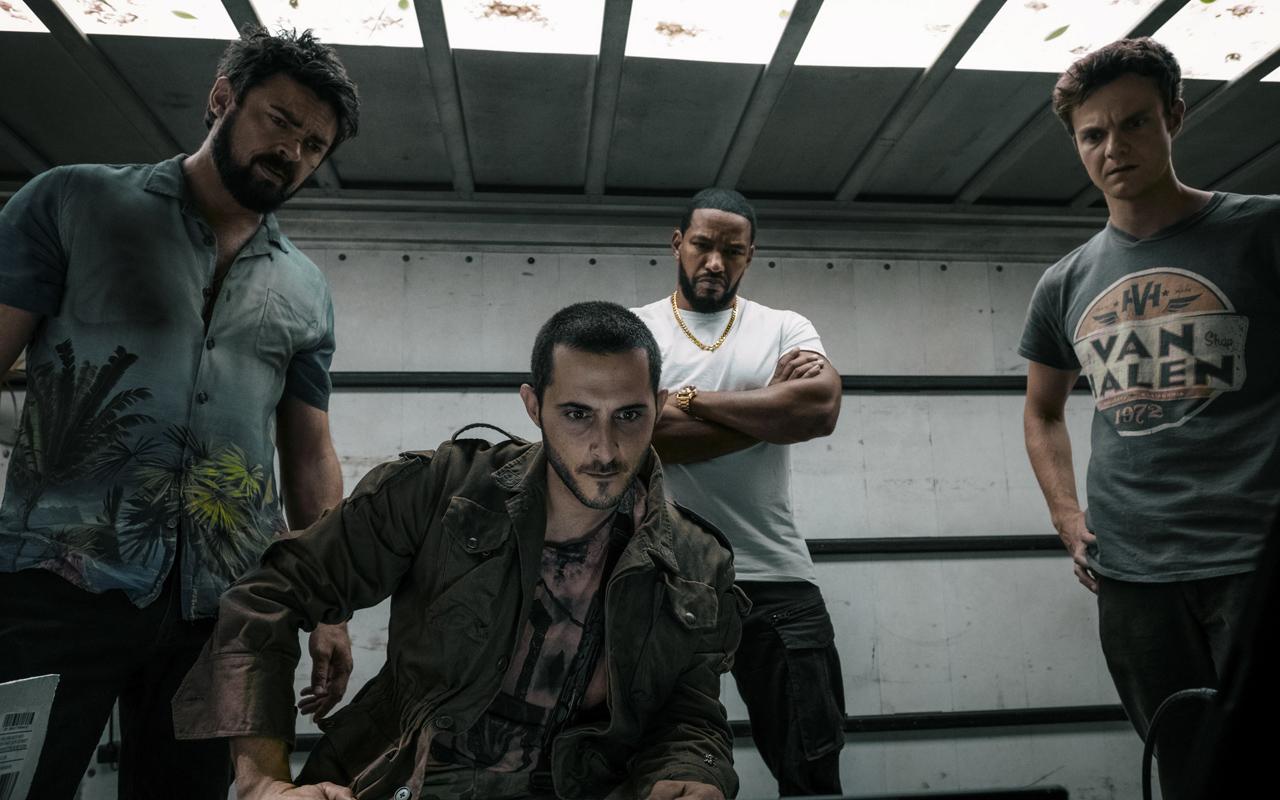 Karl Urban, Tomer Capon, Laz Alonso e Jack Quaid em cena de The Boys