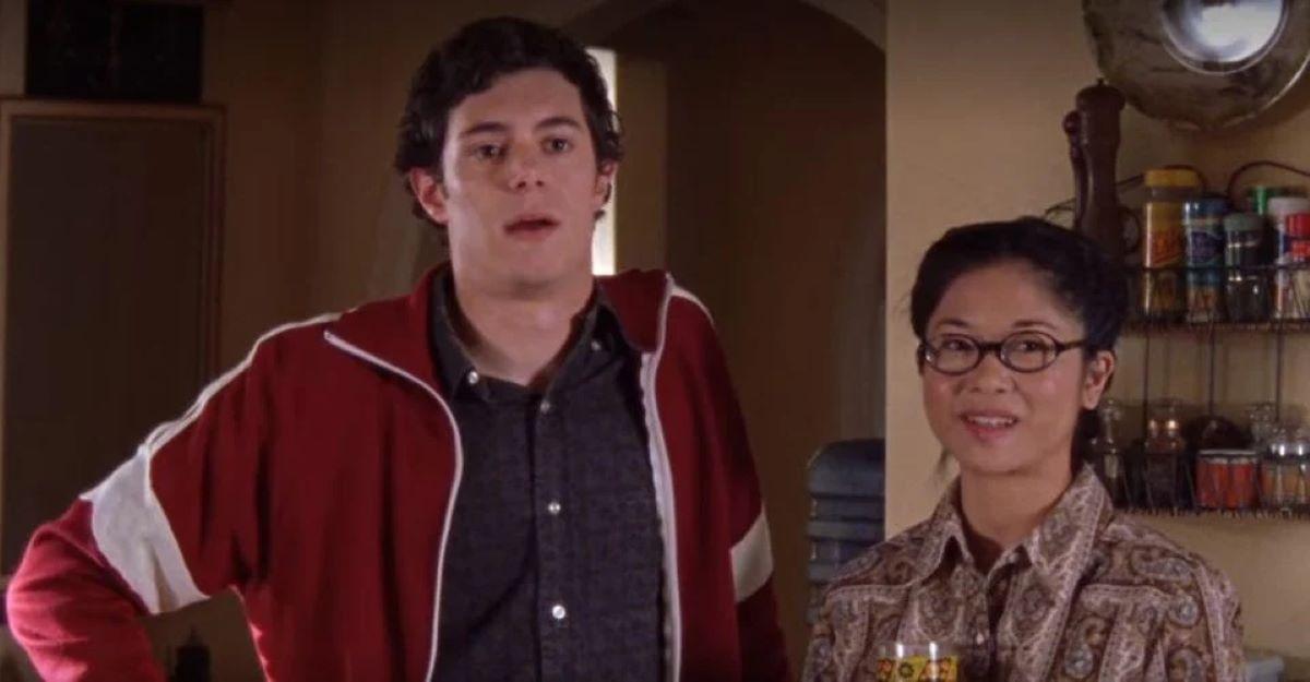 Keiko Agena e Adam Brody em Gilmore Girls (Reprodução)