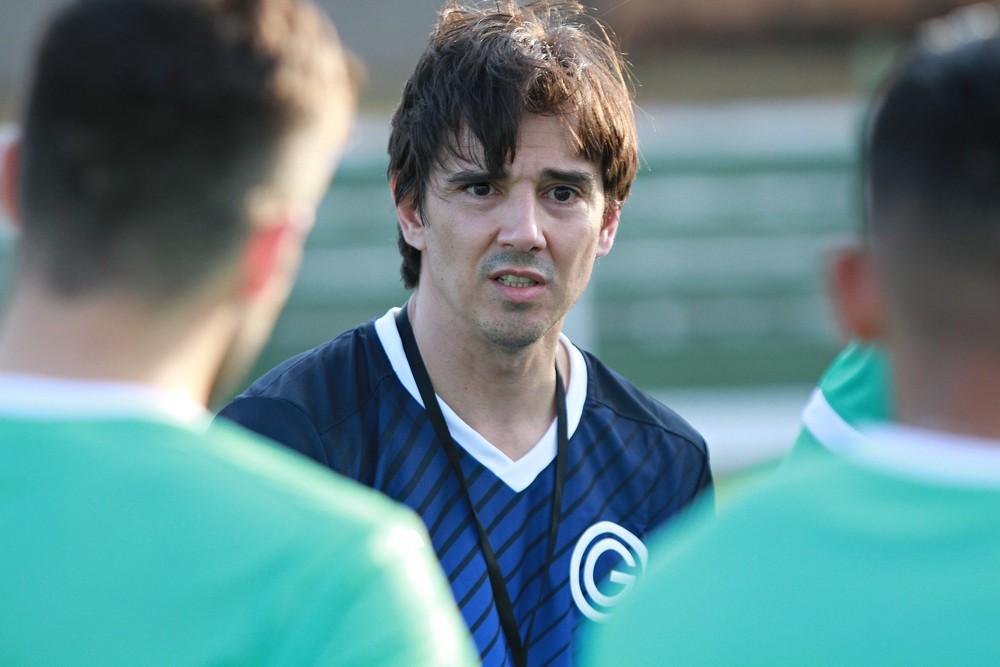 Thiago Larghi, técnico do Goiás