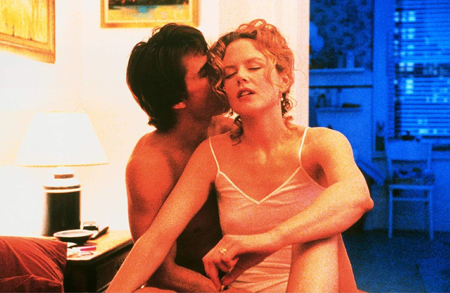 Tom Cruise e Nicole Kidman em cena de De Olhos Bem Fechados