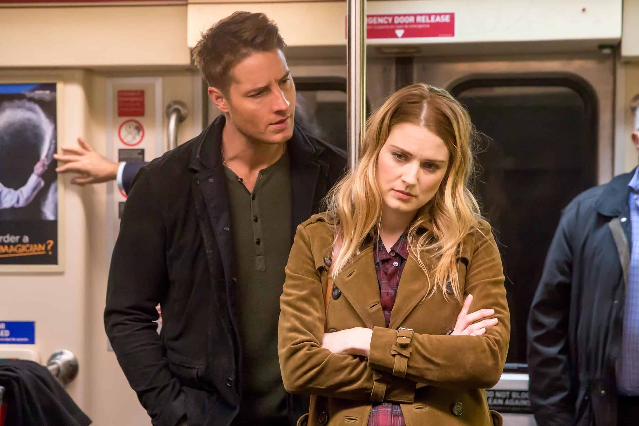 Justin Hartley como Kevin Pearson e Alexandra Breckenridge como Sophie em This is Us