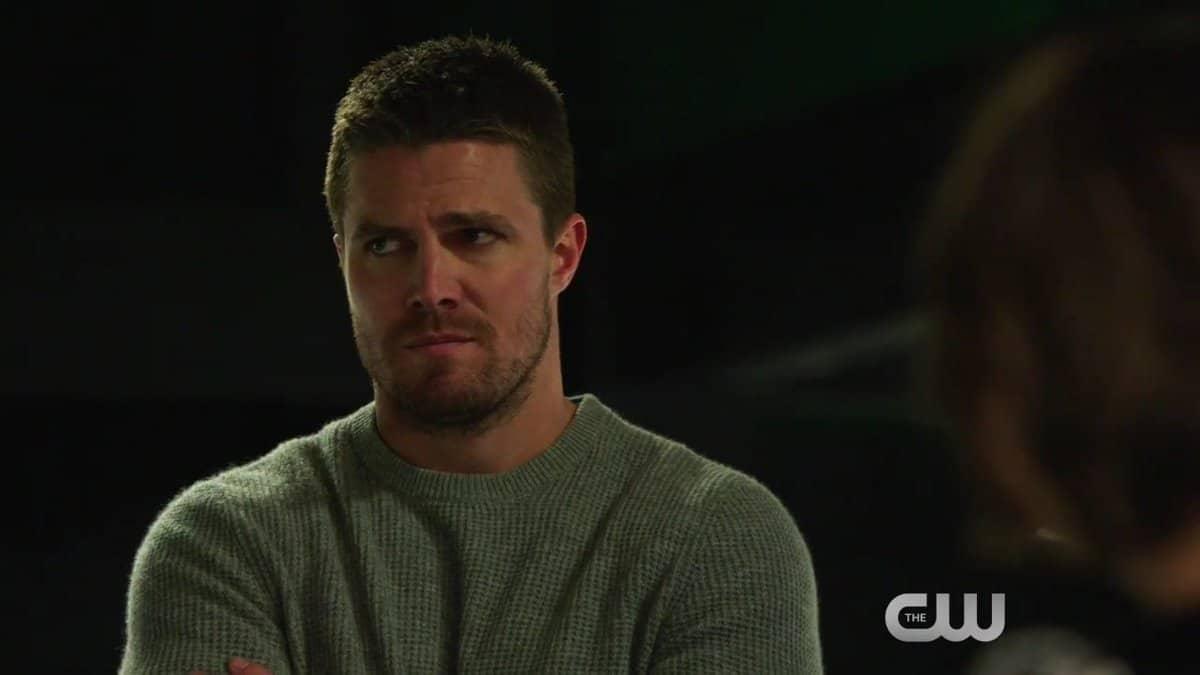 Oliver (Stephen Amell) em Arrow