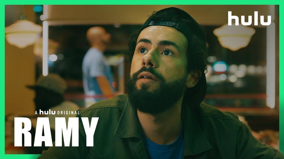 Cena do trailer de Ramy (Reprodução / Hulu)