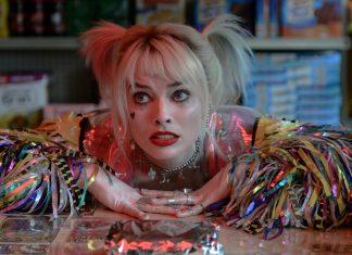 Arlequina (Margot Robbie) em cena de Aves de Rapina: Arlequina e Sua Emancipação Fantabulosa