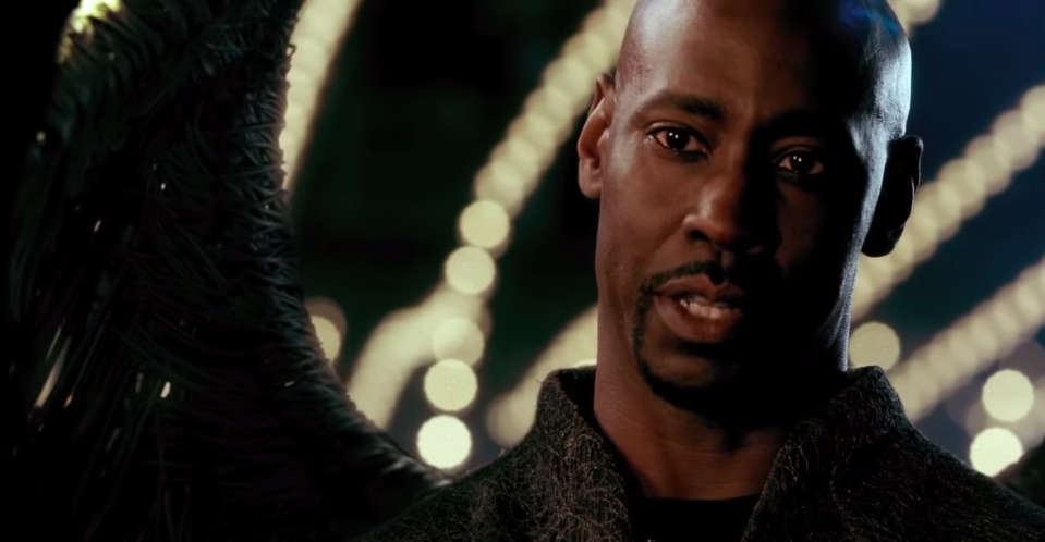 Amenadiel, personagem de D. B. Woodside