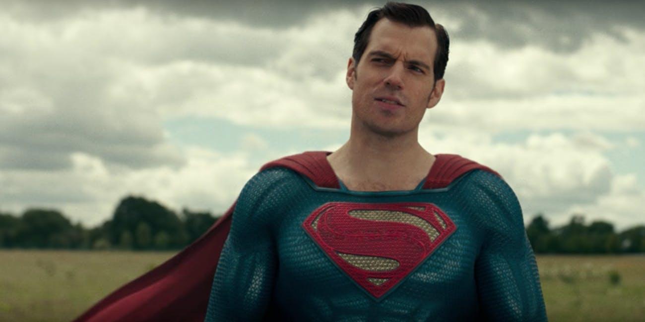 Henry Cavill como Superman em Liga da Justiça