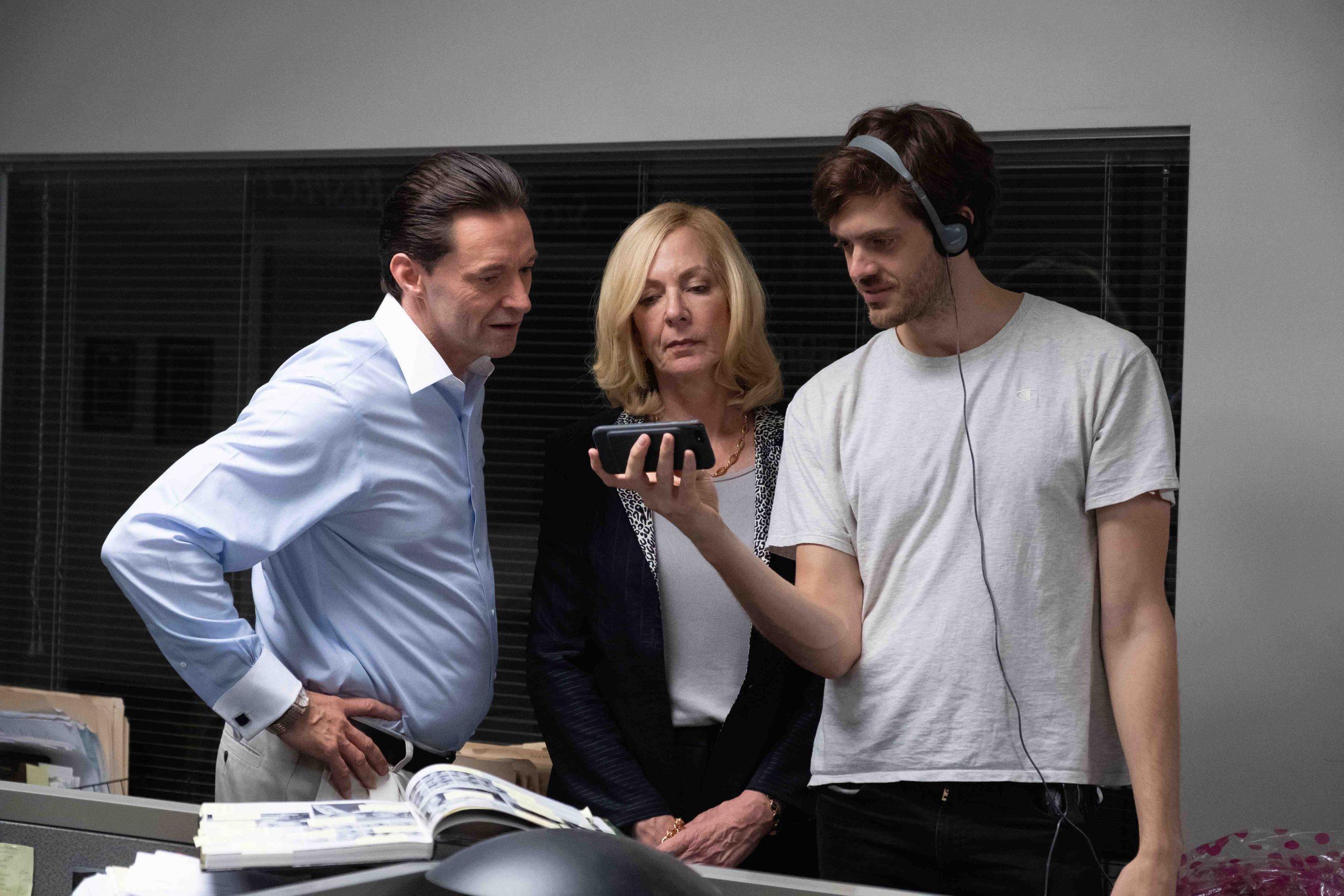 Hugh Jackman, Allison Janney e Cory Finley nos bastidores de Má Educação