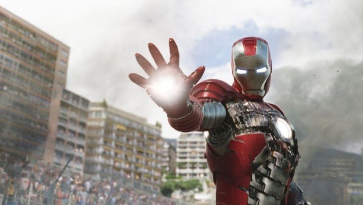 Cena de Homem de Ferro 2 (Marvel / Disney)