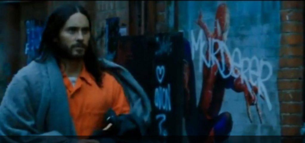 Jared Leto em Morbius, e Homem Aranha aparece ao fundo
