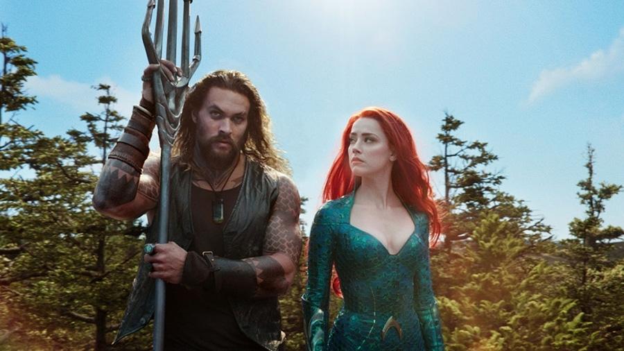 Jason Momoa e Amber Heard em cena de Aquaman