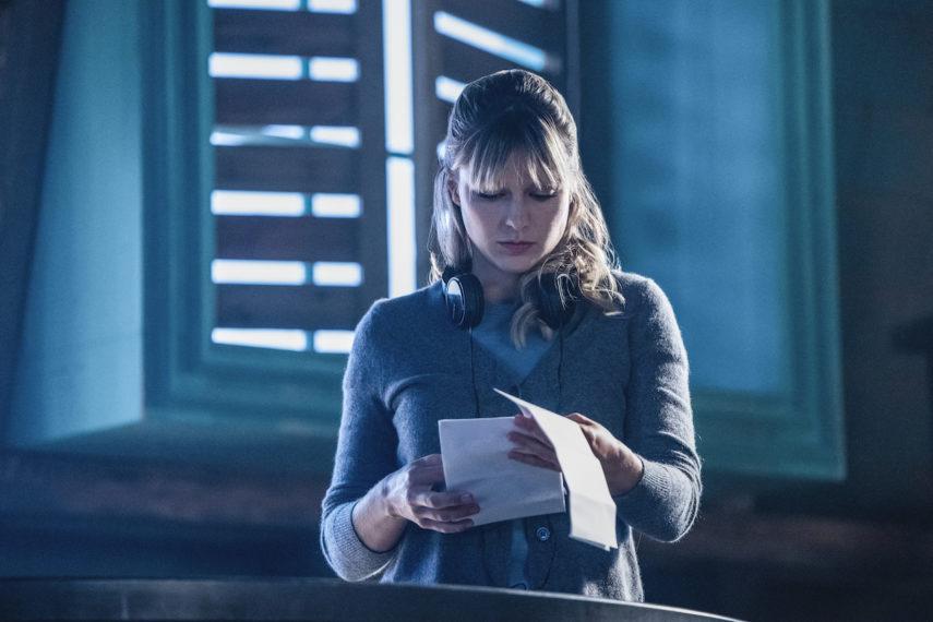Melissa Benoist dirigindo episódio de Supergirl