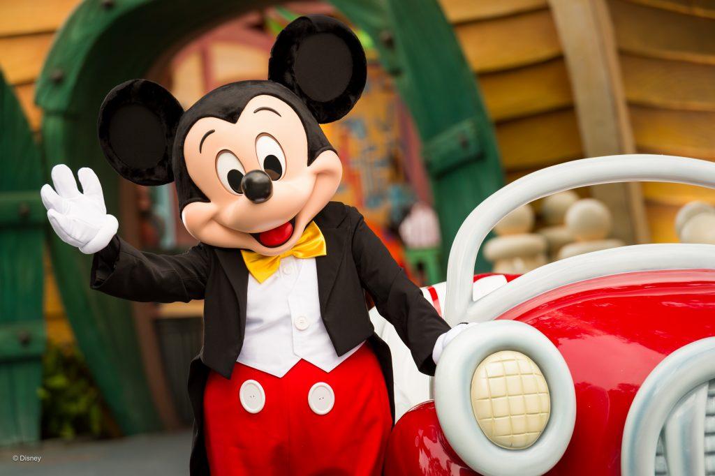 Mickey Mouse em parque da Disney