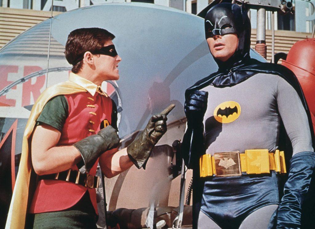 Robin (Burt Ward) e Batman (Adam West) na série clássica do Batman