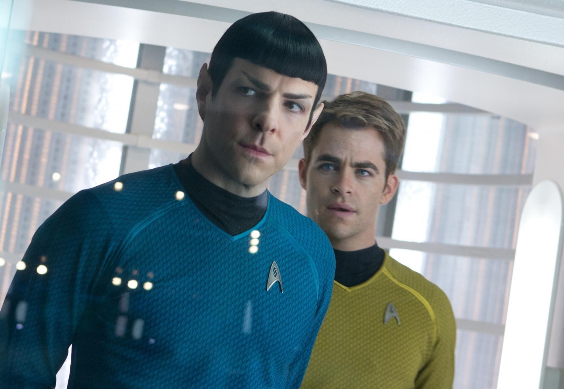 Zachary Quinto e Chris Pine em Star Trek