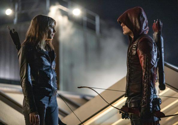 Thea e Roy em Arrow