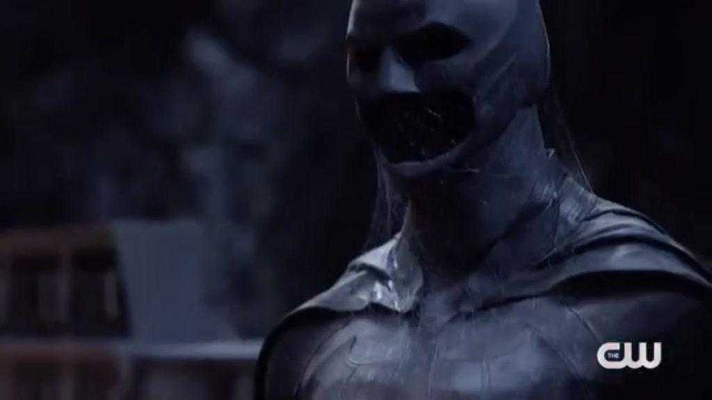Traje do Batman em Crises Nas Infinitas Terras