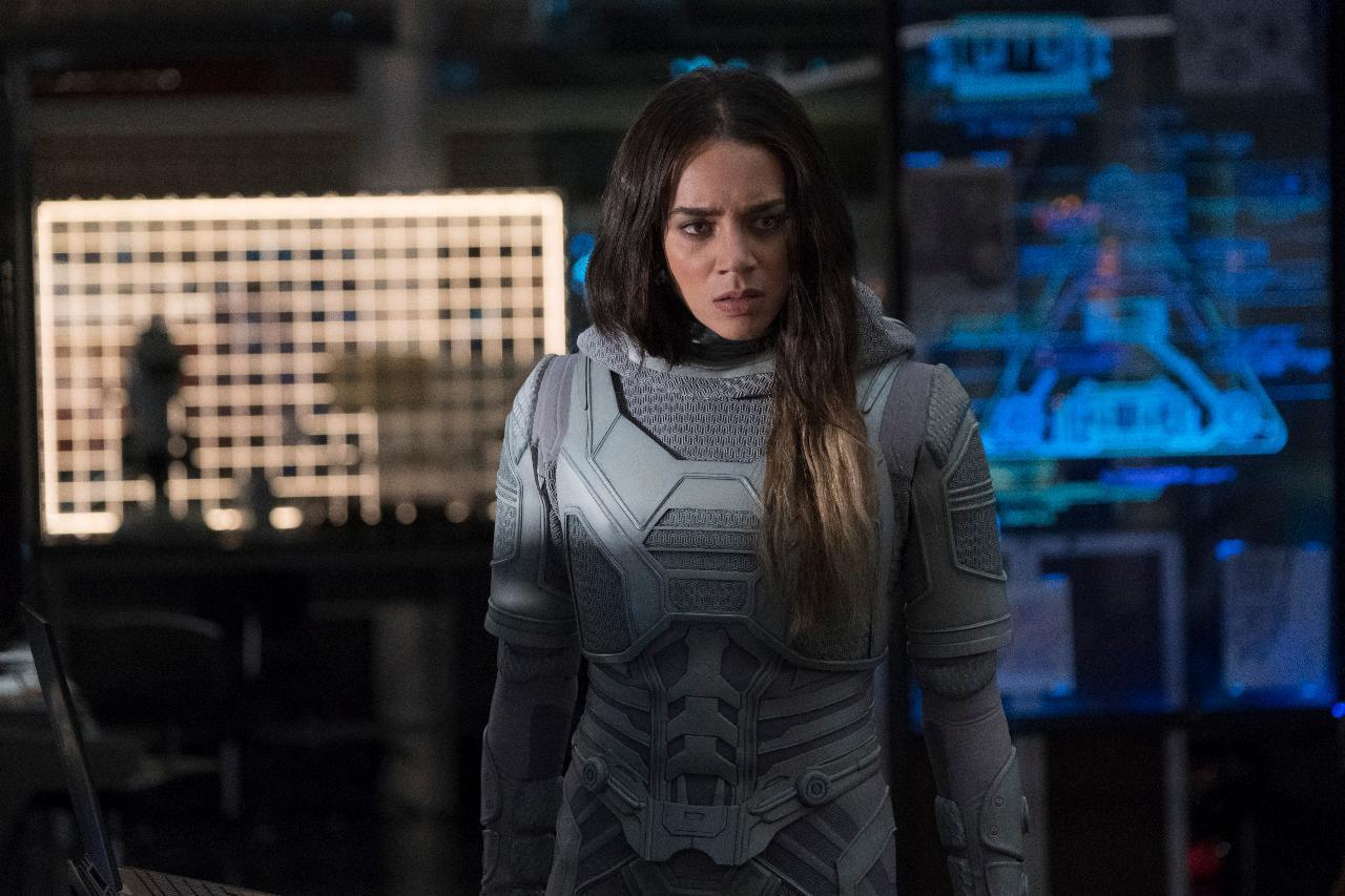 Hannah John-Kamen em Homem-Formiga e a Vespa (Marvel / Disney)