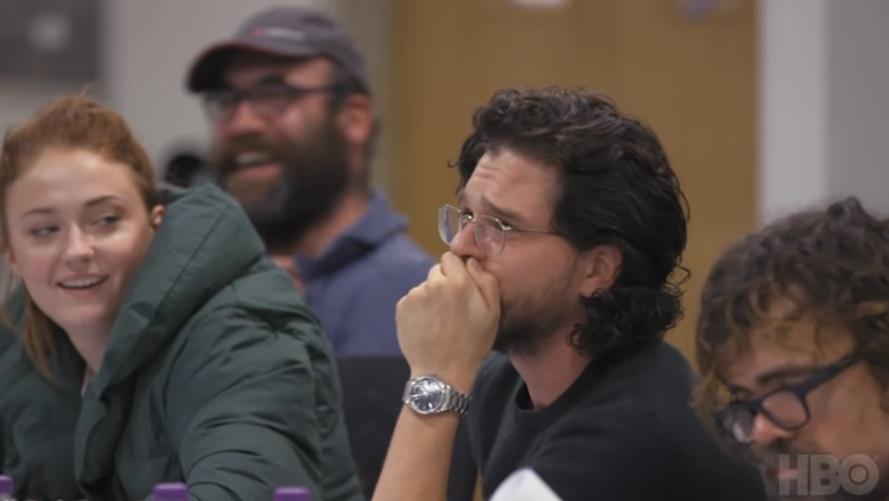 """Kit Harington se emociona ao ler os roteiros finais da oitava e última temporada de """"Game of Thrones"""" (Reprodução/YouTube)"""