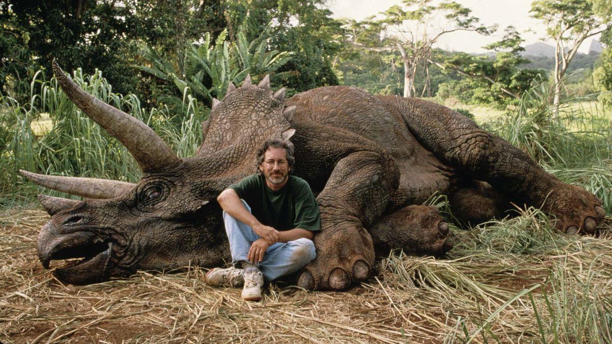 Steve Spielberg nos bastidores de Jurassic Park (Divulgação)