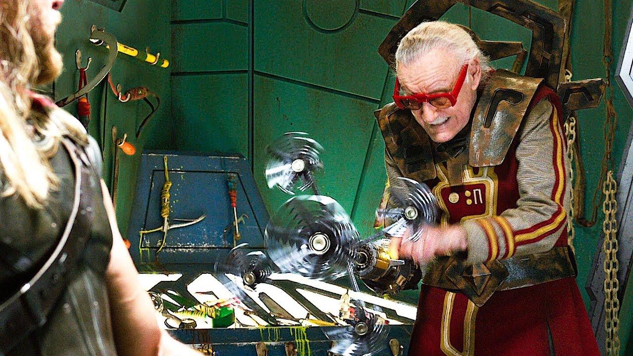 Stan Lee em cena de Thor: Ragnarok (Reprodução / Marvel)