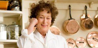 Meryl Streep viveu Julia Child nos cinemas (Reprodução)