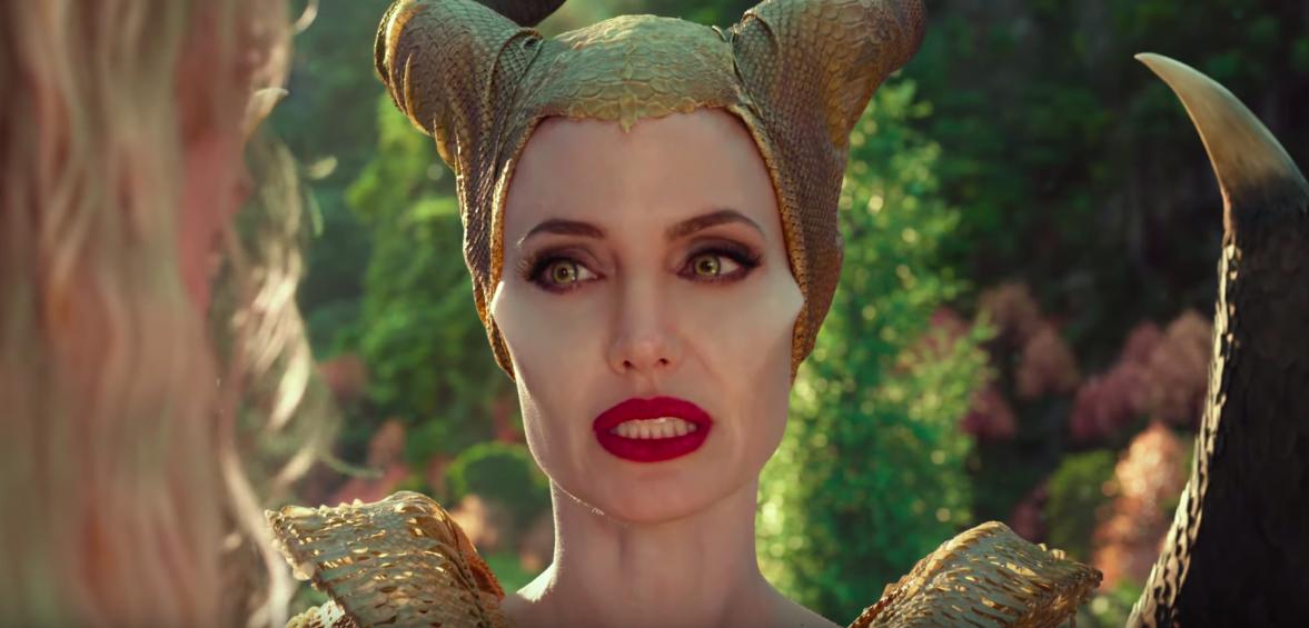 Cena de Angelina Jolie em Malévola: Dona do Mal (Reprodução/YouTube - Walt Disney Studios)